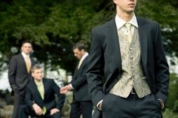 father wedding suit coat tails | Groom Suits For All Weddings