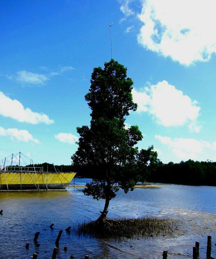 Pelabuhan Tanjung Limau,  Bontang ..