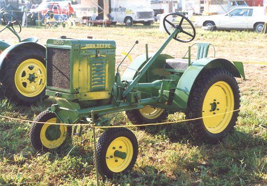 Vintage Lawn And Garden Tractors : Best images about vintage garden tractors lawn