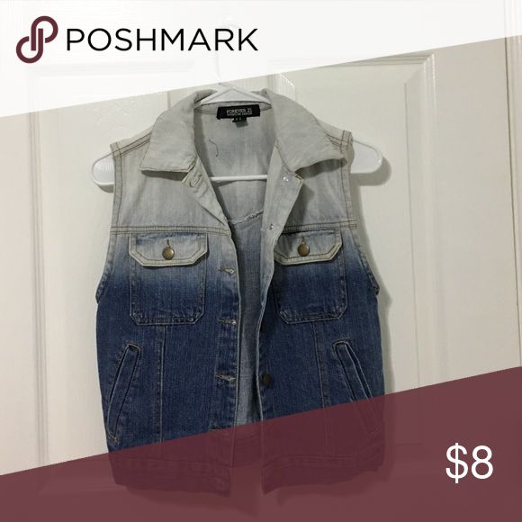 F21 XS ombre blue sleeveless jean jacket lightweight & in excellent condition Forever 21 Jackets & Coats Jean Jackets