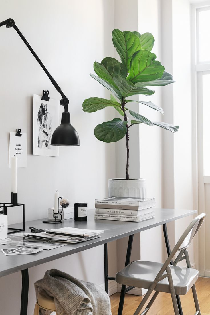 Maria Karlberg's Swedish home reminiscent of the winter landscape. Photo: Sofi Sykfont. Styling Pella Hedeby.