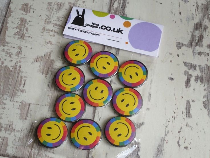 Trippy Yellow smiley face badges on a rainbow background. Inspired by the 90's i… – Button badges