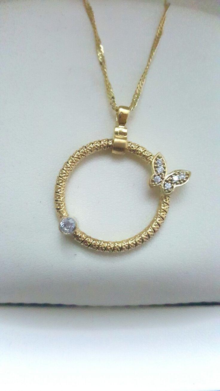 İtalyan tarzı Kelebekli Altın kaplama 925 ayar Gümüş kolyemiz. Zirkon taşlardan oluşan zarif ve şık bir tasarım  #kolye #necklace #silver #gumus #gümüş #taki #takı #takitasarim #takıtasarım #jewelrydesign #jewelry #kelebek #butterfly #silverjewelry