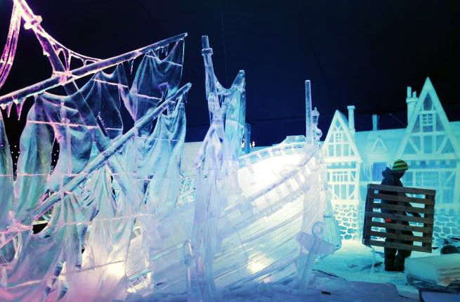"""28 artisti e 55 sculture di ghiaccio questo il festival """"Snow and Ice Sculpture"""" in programma a Bruges dal 22 novembre a 5 gennaio http://tuttacronaca.wordpress.com/2013/11/20/28-artisti-per-55-sculture-di-ghiaccio-a-bruges-va-in-scena-snow-and-ice-sculpture/"""