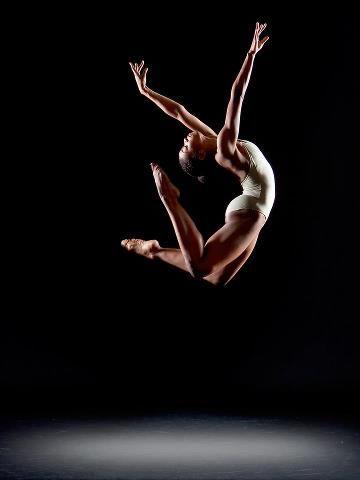 The grandest of jumps~   aisha mitchell, photographer, richard calmes