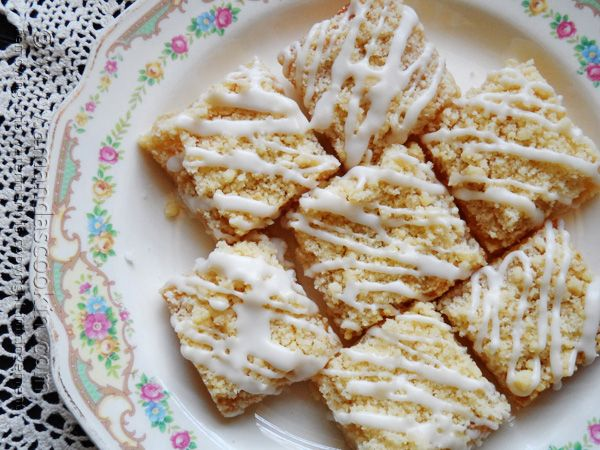 Lemon Streusel Squares @Amanda Formaro Amanda's Cookin'