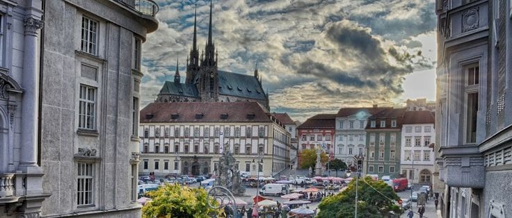 Brno città http://www.italyandeuropetours.com/italyandeuropetours/listing/among-the-moravian-castles/