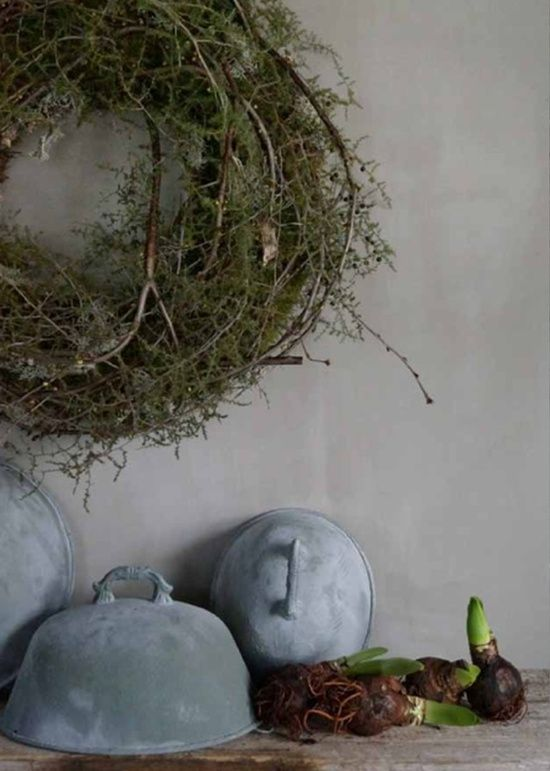 Sweet Annie wrapped around a grape vine wreath @ Home Ideas and Designs