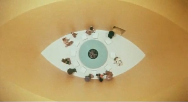 YouTube - Holy Mountain, La Montaña Sagrada (Alejandro Jodorowsky, 1973) - Original Trailer-2