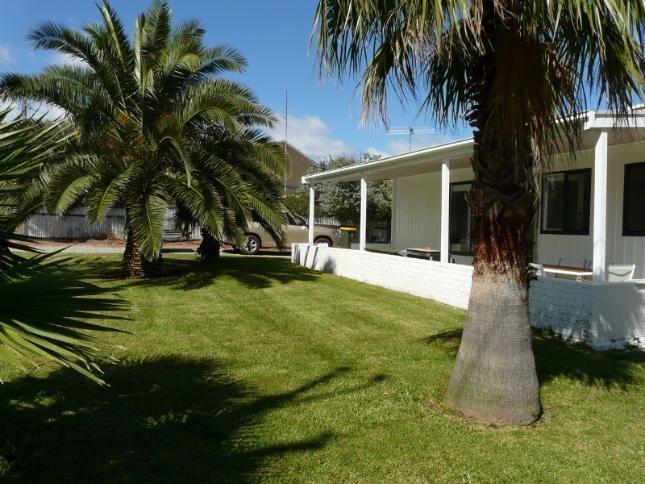 SOLI04+-+The+Palms,+a+Carrickalinga+House+|+Stayz