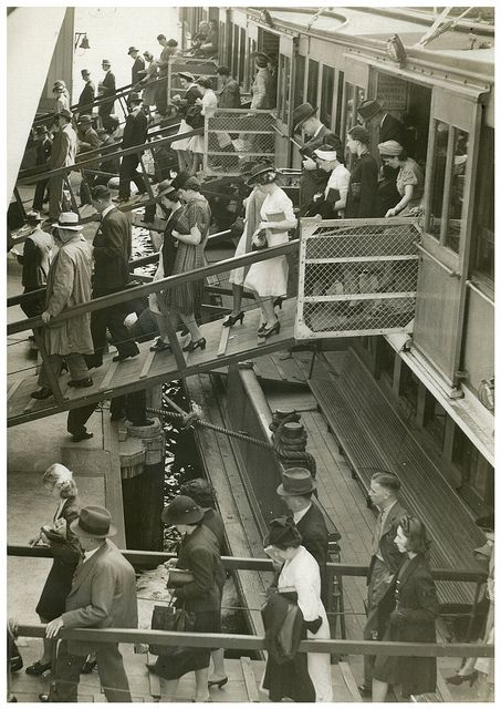 Disembarking South Steyne, Sydney, 1940  attributed to Dennis Rowe