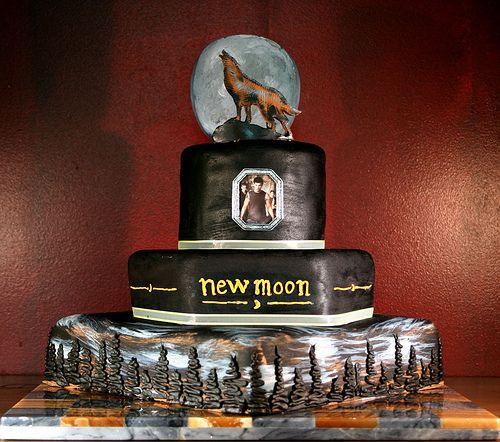 Twilight New Moon Cake