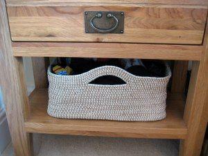 Amazing crocheted basket! Looks very easy. I'm definitely doing it. I love it.