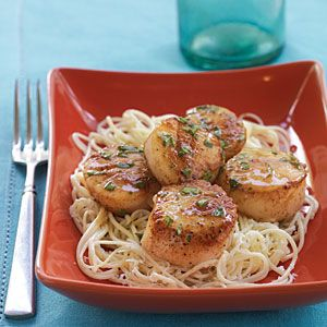 Lemon Basil Scallops- this looks delicious and I don't really like scallops