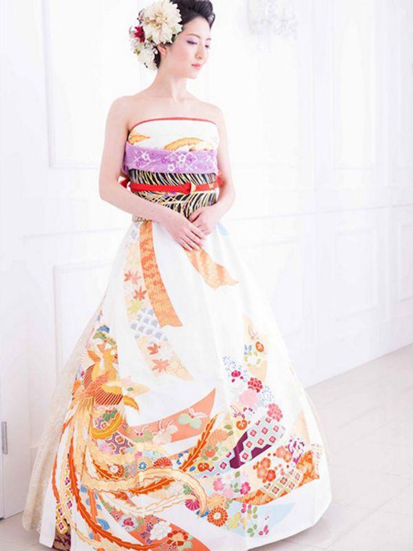 Japanese Brides Are Transforming Furisode Kimonos Into Stunning Dresses