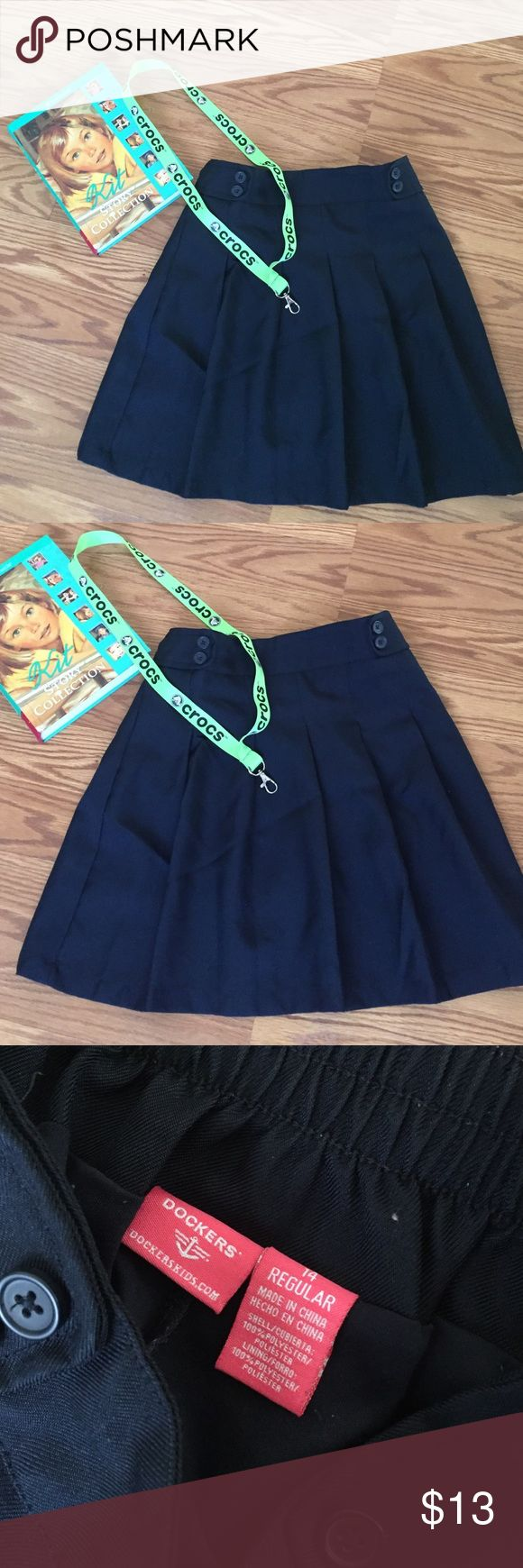 ROYAL BLUE SCHOOL GIRLS SKIRT UNIFORM💕❤️ ADORABLE cute girls skirts size 14 regular barely worn all great condition ❤️ Dockers Bottoms Skirts