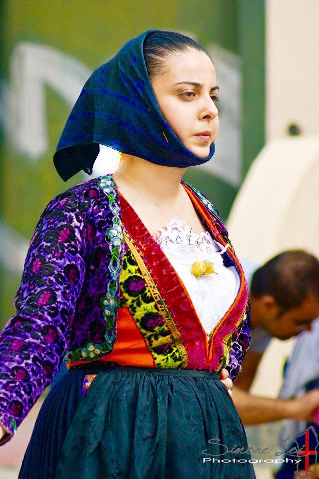 Costume tipico di Orune - costume giornaliero - foto Simone Loi- matrimonio Selargino -anno 2013