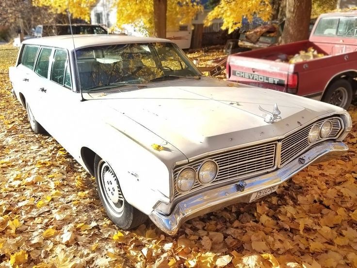 Non-Woody Wagon: 1968 Ford Country Sedan - http://barnfinds.com/non-woody-wagon-1968-ford-country-sedan/