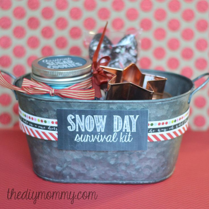 Best 25 mommy survival kits ideas on pinterest mom survival kit best 25 mommy survival kits ideas on pinterest mom survival kit diy mothers day gifts using mason jars and cheap baby shower gifts solutioingenieria Image collections