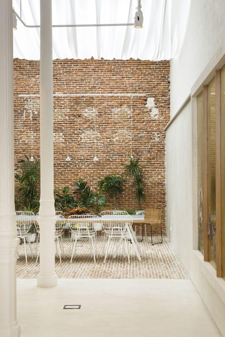 MENU WM String Dining Chair x PlanteaStudio https://es.pinterest.com/planteaestudio/