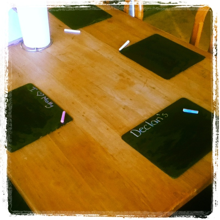 I made these using old placemats that were totally faded. Just used 2 coats of chalkboard paint & now the kids ( and us) have cool new mats. Easy.
