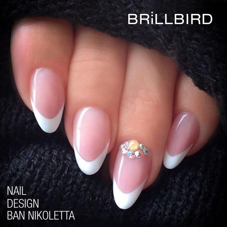 Manichiura French BrillBird www.brillbird.ro