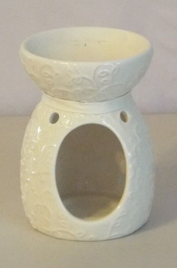 Hallmark Wax Melts Candle Holder White Embossed Floral