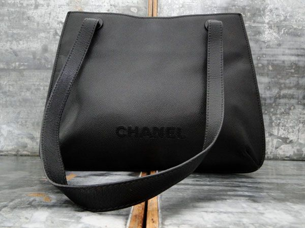Chanel Vintage Caviar Leather Shoulder Bag Tote Black CHANEL $995 Perfect  condition.