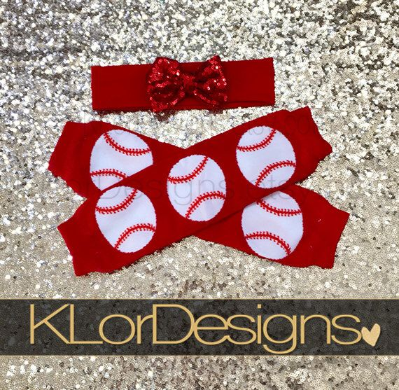 Baby Baseball Leg Warmers, baby leg warmers, baby leg warmers outfit, St. Louis Cardinals baby by KLorDesigns on Etsy https://www.etsy.com/listing/515519719/baby-baseball-leg-warmers-baby-leg