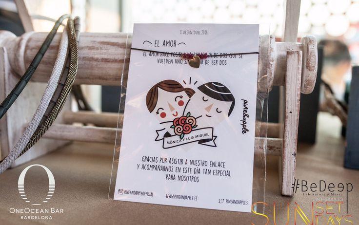 Regalo para tus invitados de tu evento. Pulsera bronce y piedras naturales con tarjetón personalizado por ti. Un regalo original para que tus invitados no se dejen el regalo encima de la mesa. Diseño 100% personalizable. Más info: pineandapplebrand@gmail.com #piedras #naturales #evento #boda #regalo #personalizado #barcelona #madrid #estrella #luna #bepineandapple #pulsera #accesorios #brand #new #shop #broncee #tarjeton #frase #amor #diseño #diseñografico #grafico #invitaciones #boda