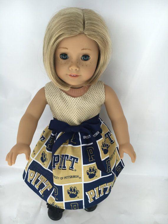 vestido hecho de tela de la Universidad de Pittsburgh a la