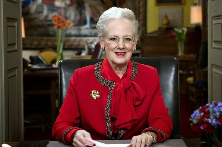 MYROYALS &HOLLYWOOD FASHİON: Queen Margrethe's New Year's Eve Speech