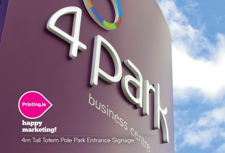 4m Tall Totem Pole Park Entrance Signage