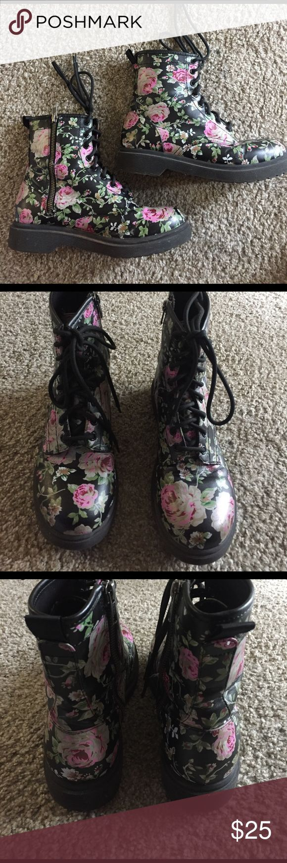 Floral Doc Marten style boot sz 8.5 Floral Doc Marten style boot sz 8.5.  These are not Doc Martens. They are Mossimo. Great condition barely worn!!!!   No scuffs.  Some fuzzing inside at zipper ankle cover shown in last pic.  A little peeling at at crease. Shown in pics. Mossimo Supply Co Shoes Lace Up Boots