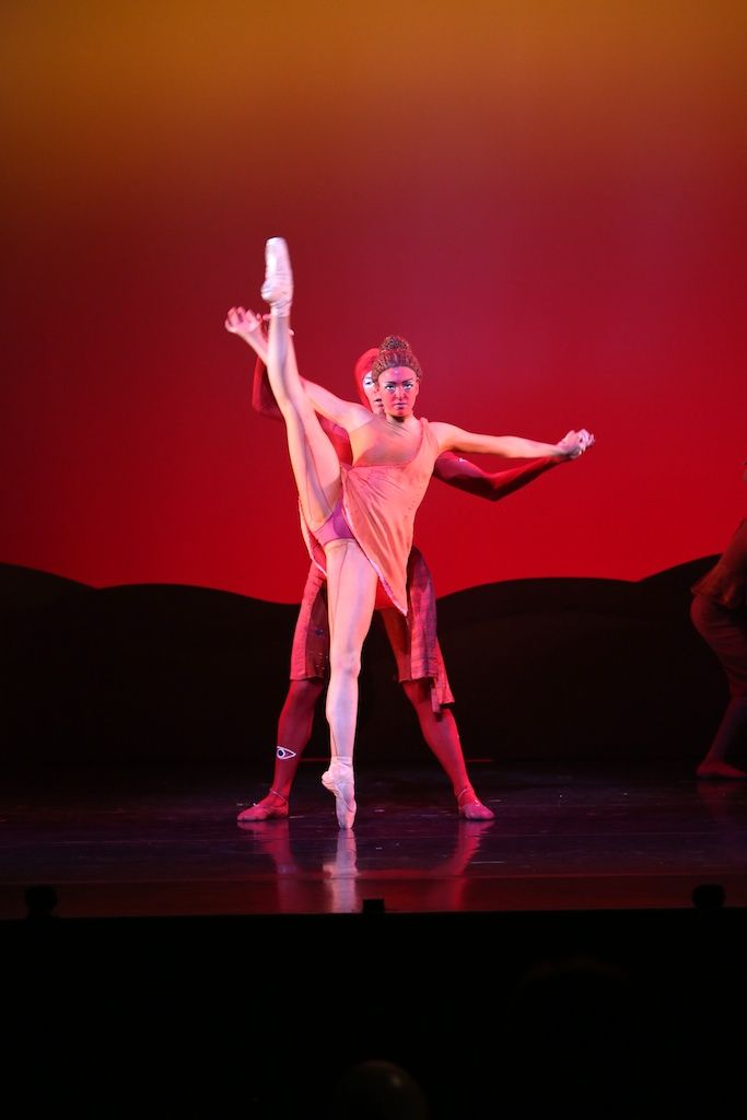 Queensland Ballet's Clare Morehen and Emilio Pavan in Peter Pan, choreographed by Trey McIntrye, Photographer David Kelly