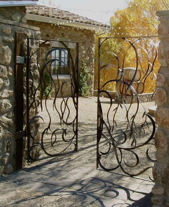 8 best devant maison images on pinterest driveway gate arquitetura and entrance doors - Maison originale bagnato architecte ...