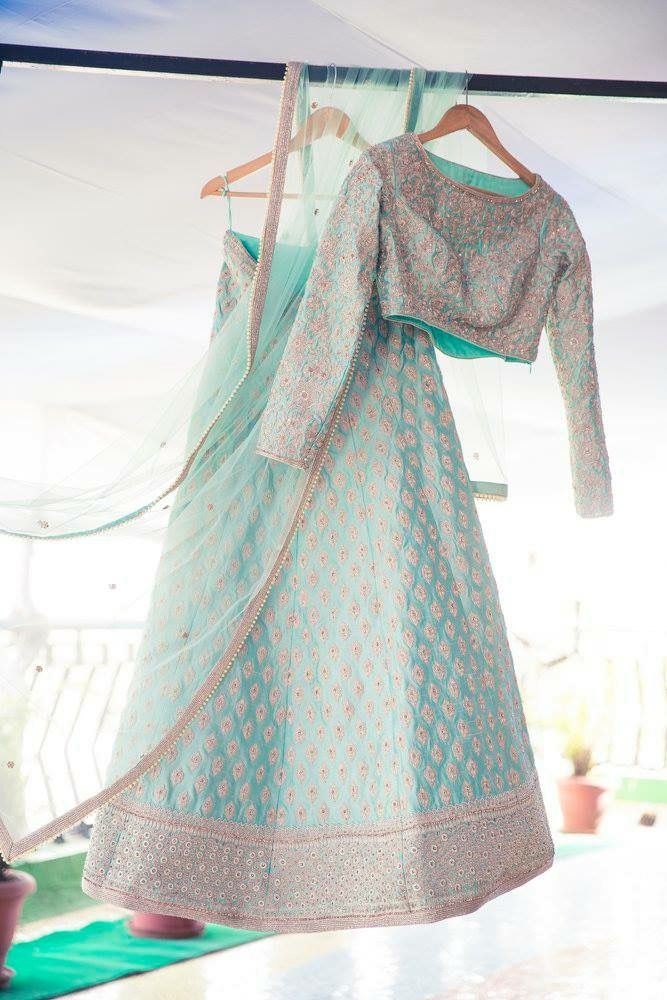 Beautiful #Lehenga set in pastels, via @sunjayjk