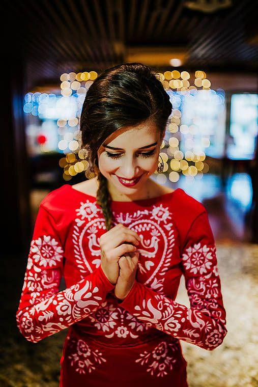 AtelierDeCouture / Dlhé červené vyšívané šaty