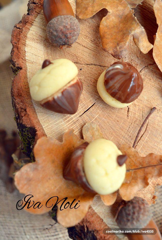 Žirevi sa lješnjacima i čokoladom — Coolinarika