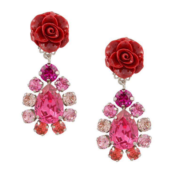 Rosalie sind elegante Ohrringe in strahlendem Rot und Pink. Farblich sind sie ein Hingucker und passen zu Outfits im Boho Stil. Sie setzen ebenso Farba…