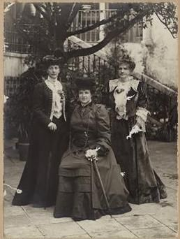 Three Queens: Alexandra of England, Amélia of Portugal and Maria Pia de Sabóia, Sintra 1905 - Ajuda National Palace