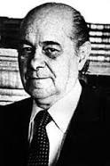 Tancredo Neves Tancredo de Almeida Neves foi um advogado, empresário e político brasileiro, tendo sido primeiro-ministro de 1961 a 1962, ministro da Justiça e Negócios Interiores de 1953 a 1954, ministro da Fazenda em ... Wikipédia Nascimento: 4 de março de 1910, São João del-Rei, Minas Gerais Falecimento: 21 de abril de 1985, São Paulo, São Paulo Mandato presidencial: 15 de março de 1985 – 21 de abril de 1985 Cônjuge: Risoleta Neves P
