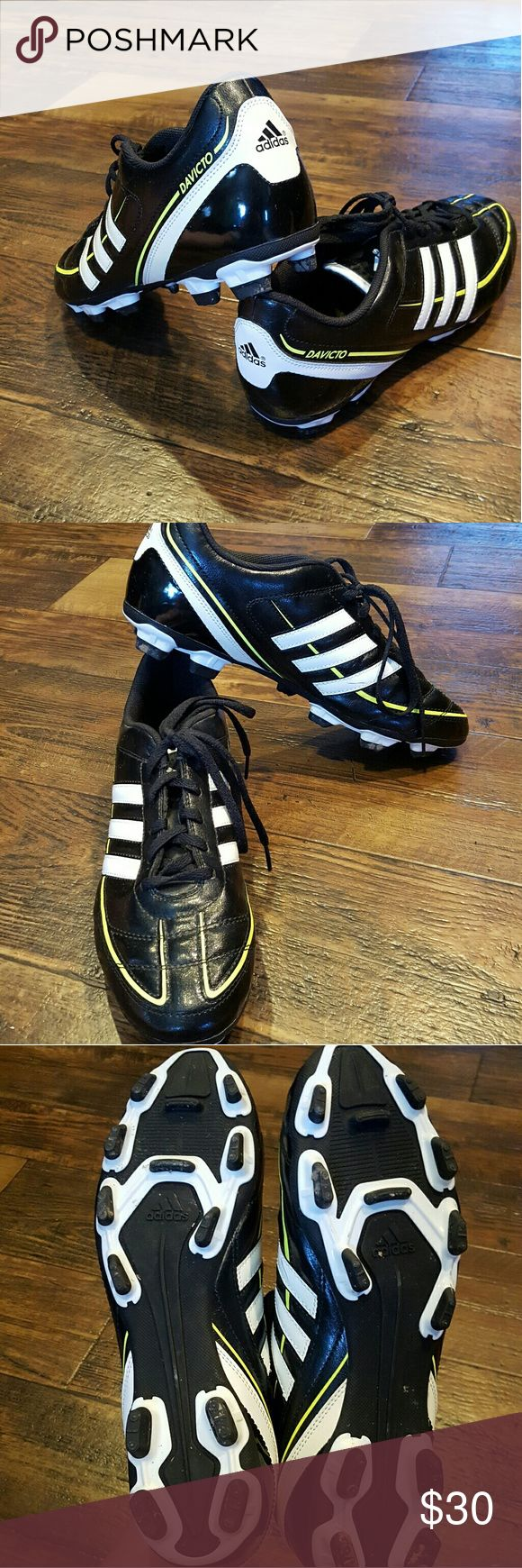 Adidas men's running shoe, like new Adidas running shoe, like new, worn a few times, very nice! Adidas  Shoes Athletic Shoes
