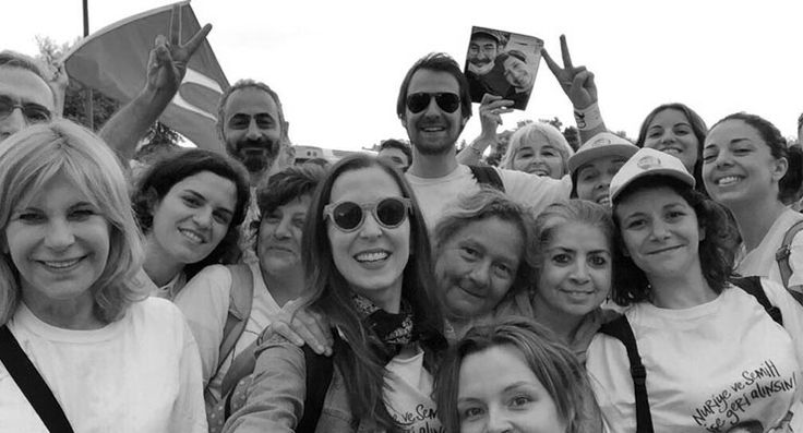 'Sokaklar bizim, sahneler bizim': Sanatçılar da 'Adalet Yürüyüşü'nde