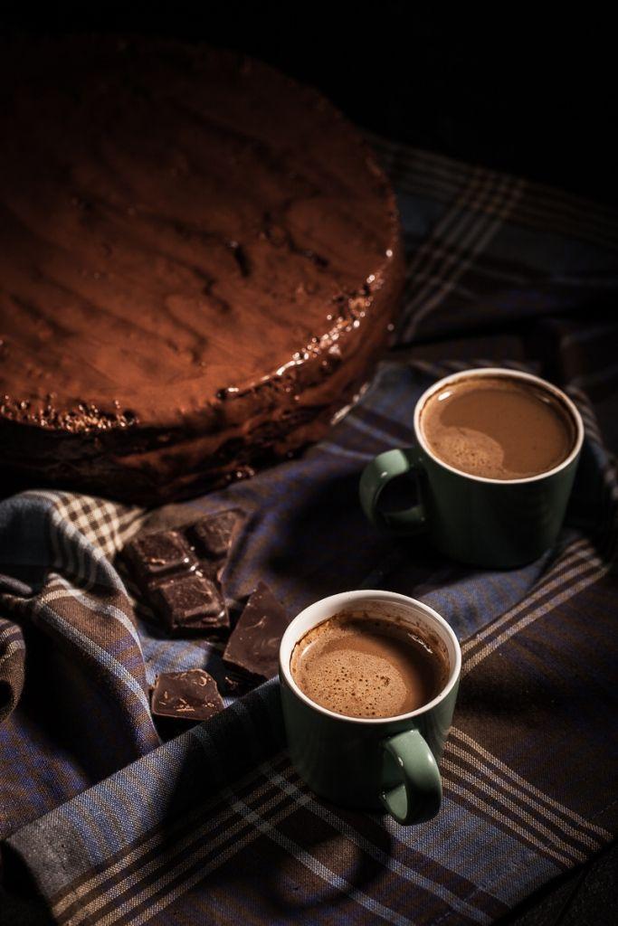 #tchibo #tchibopolska #przepisy #wypieki #kuchnia #ciasta #ciasteczka #biszkopt #czekolada #tort #tortczekoladowy #kawa #desery #cookie #cookies #chocolate Zobacz więcej na http://radoscodkrywania.tchibo.pl/wysmienity-biszkopt-czekoladowy