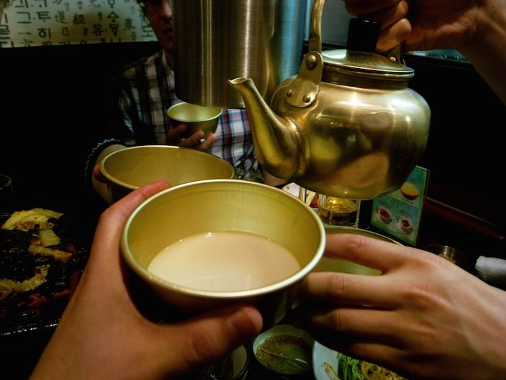 South Korean Foods to Try: Makgeolli