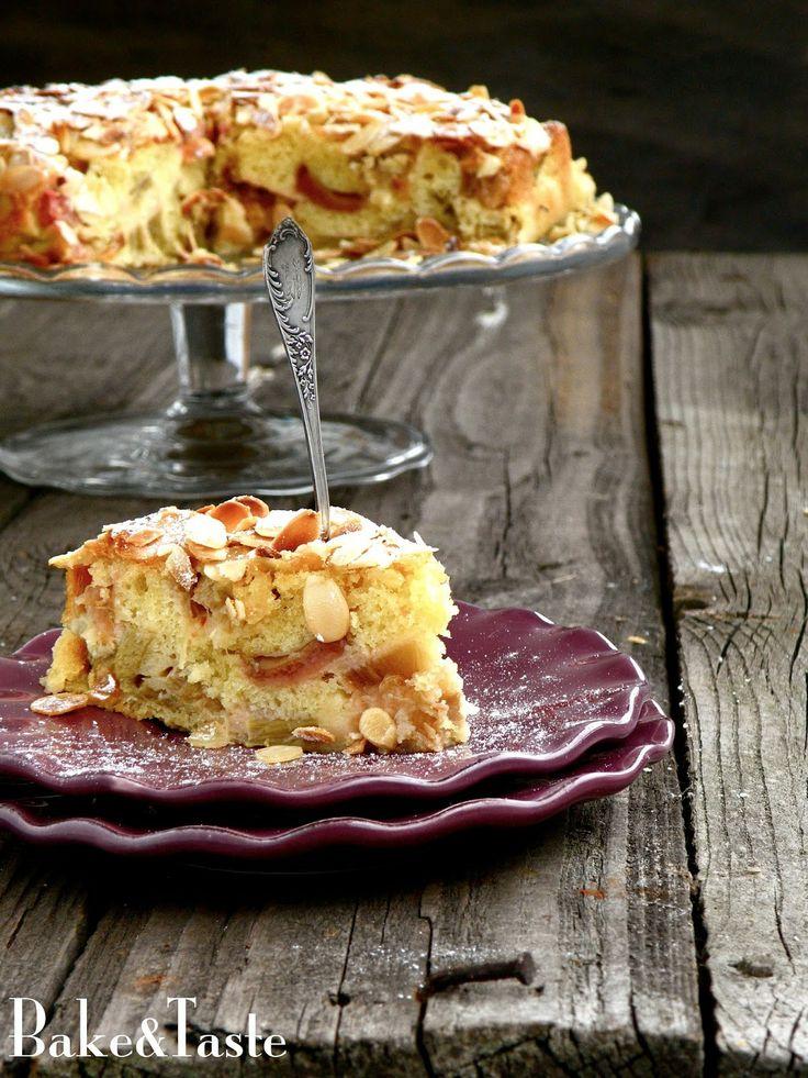 Francuskie ciasto z rabarbarem i migdałami   Rhubarb cake with almonds
