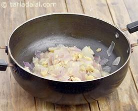 Basic White Gravy, White Gravy recipe   White Gravy Recipe   by Tarla Dalal   Tarladalal.com   #33492