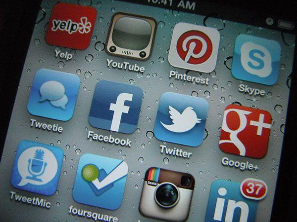 Ayudamos a conseguir objetivos conversando en las redes sociales