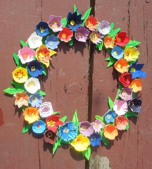 flower wreath from egg boxes